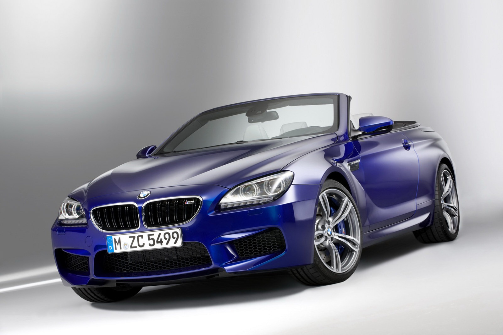 all new 2012 bmw m6 coupe and convertible photos and details. Black Bedroom Furniture Sets. Home Design Ideas