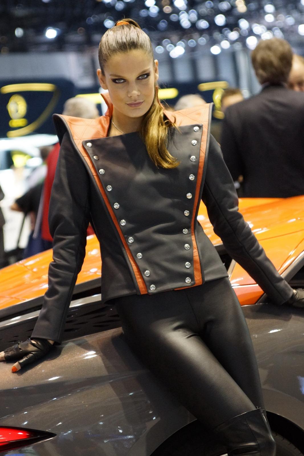 Vw Of America >> 2012 Geneva Motor Show Girls - AutoTribute