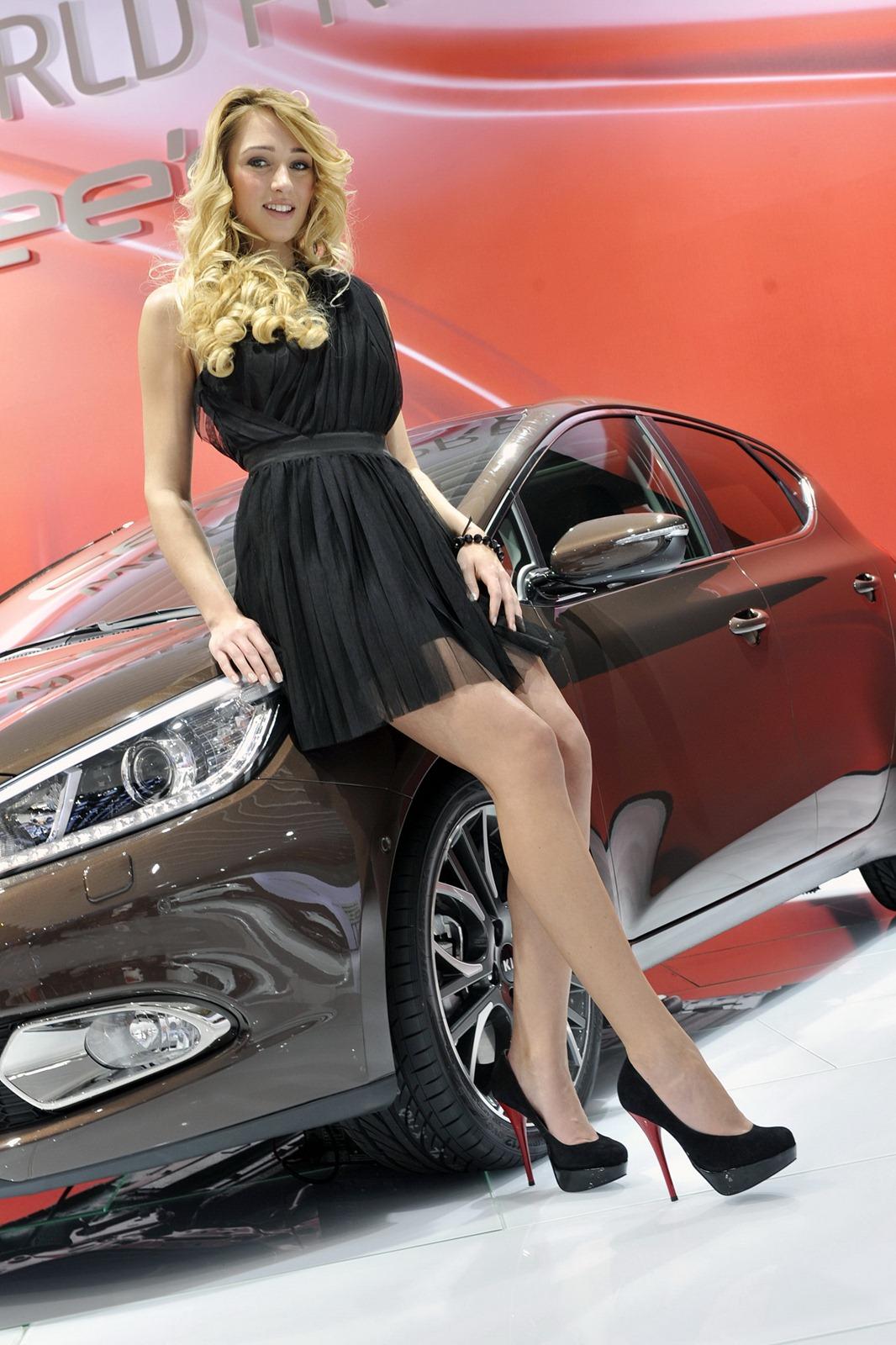 2012 Geneva Motor Show Girls Autotribute