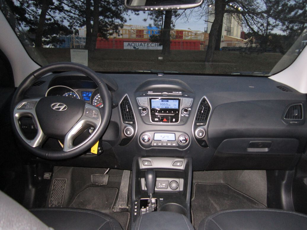 Review 2012 Hyundai Tucson Limited Awd Delivers The Goods