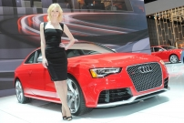 2012 New York Auto Show Girl