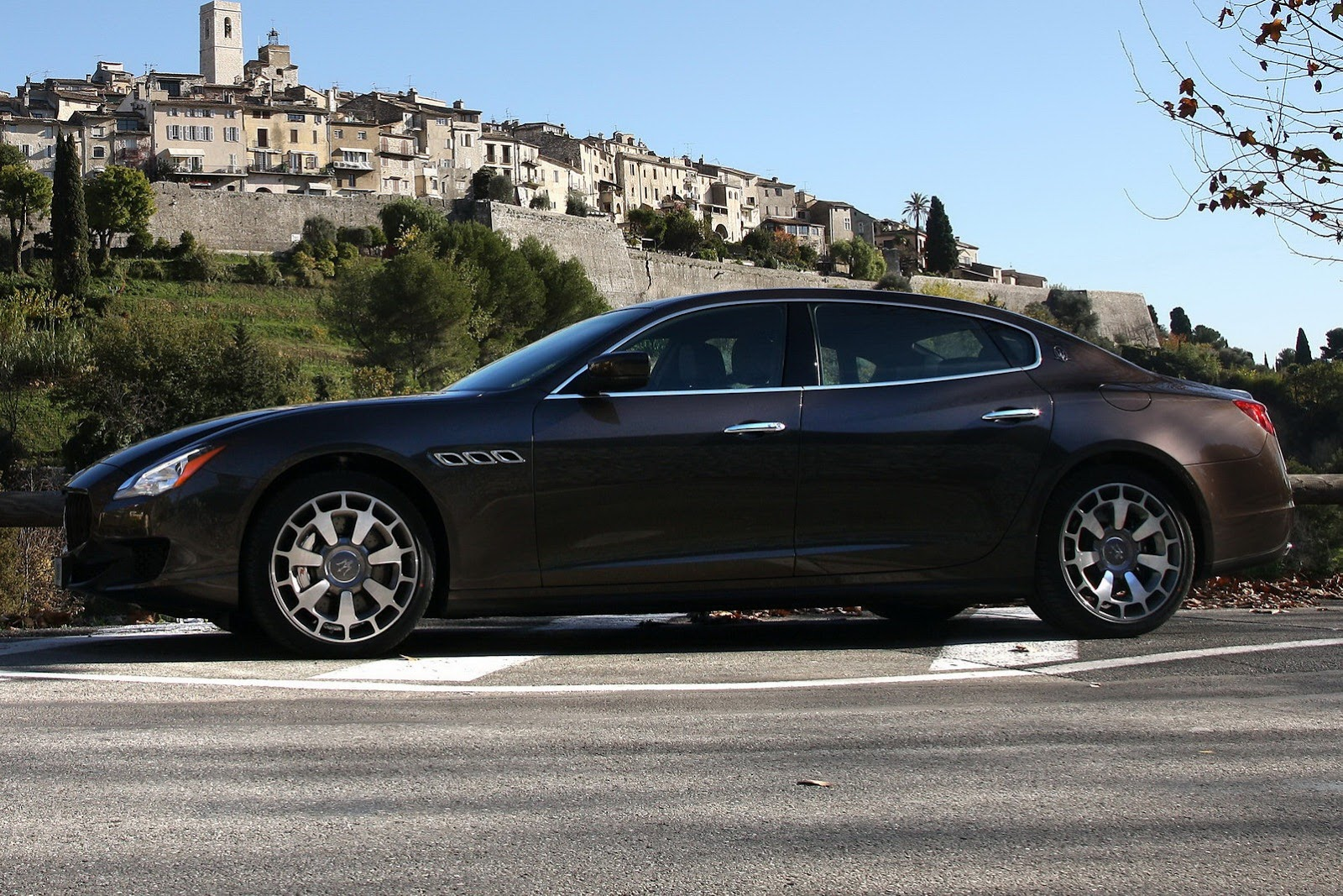 Maserati Quattroporte 2013 new-2013-maserati-quattroporte
