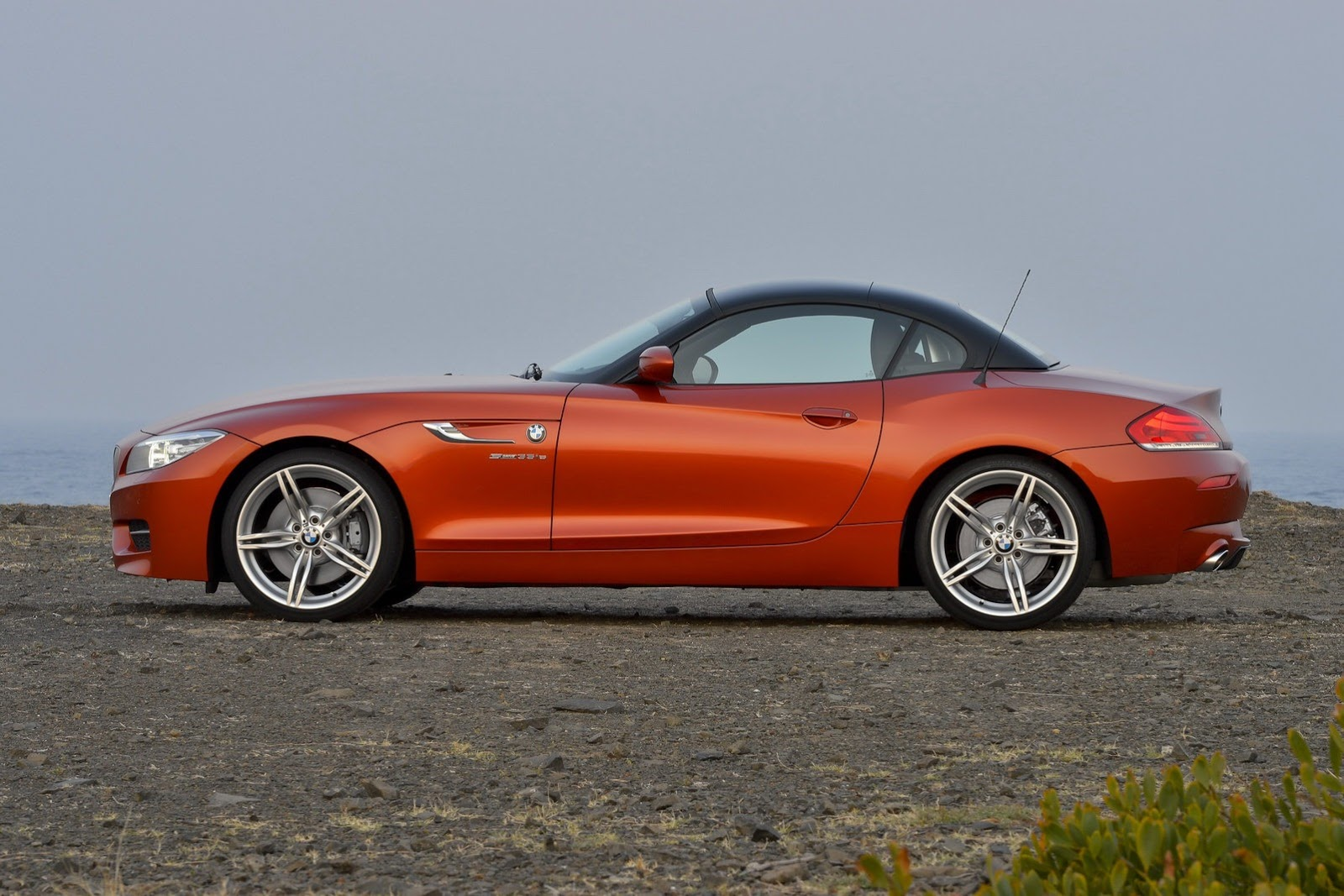 Updated 2014 Bmw Z4 Roadster Photos And Details Autotribute