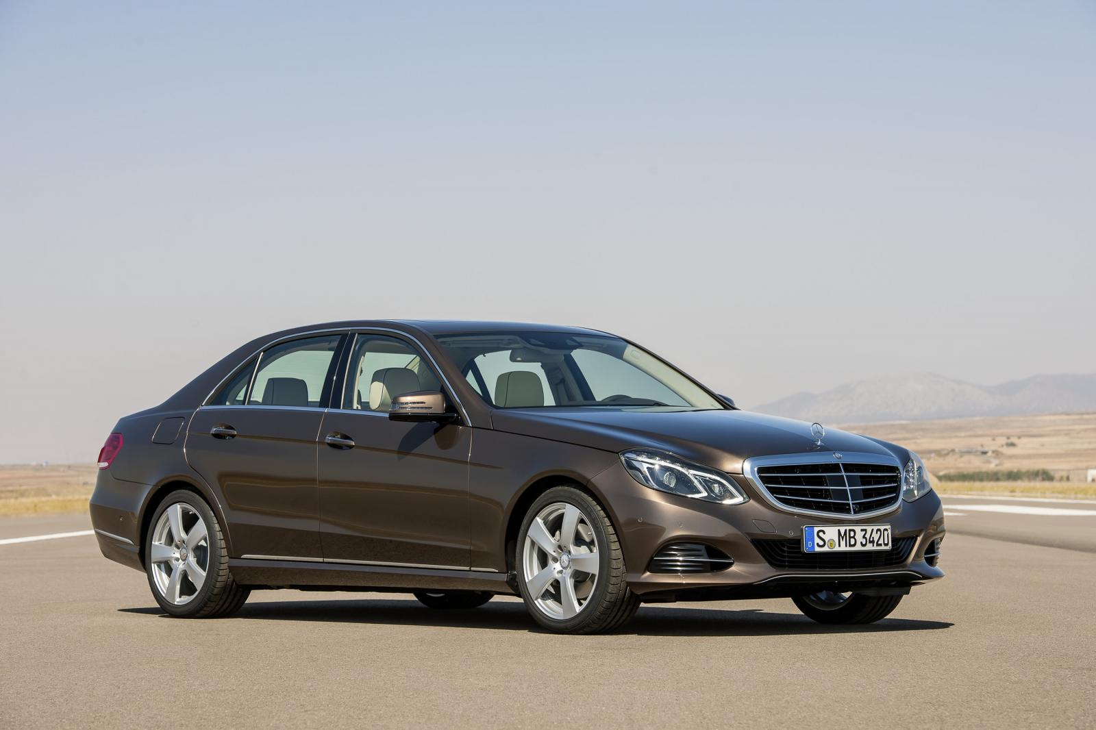 Updated 2014 mercedes benz e class photos and details for Mercedes benz sedan