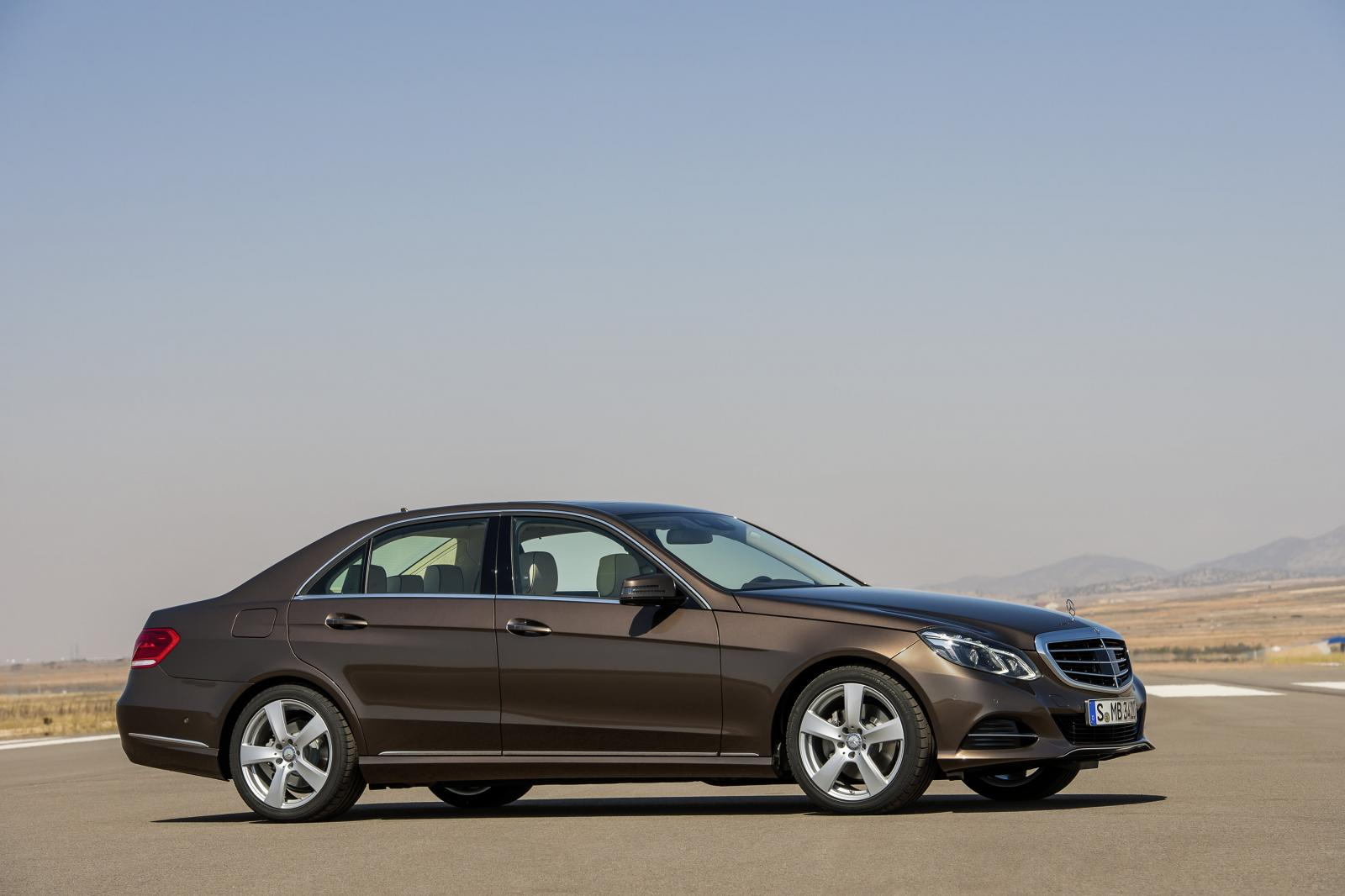Updated 2014 Mercedes Benz E Class Photos And Details