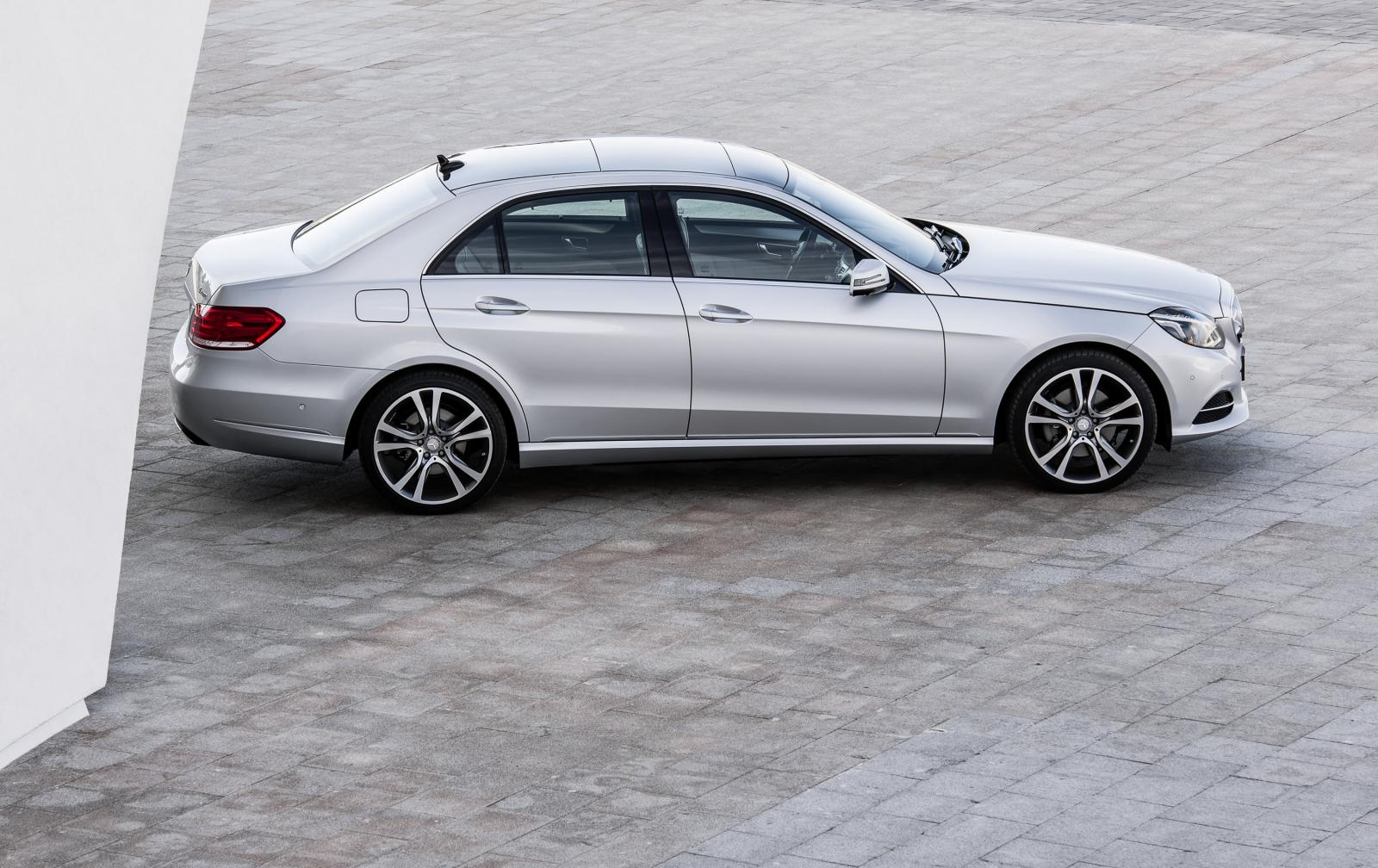 Updated 2014 mercedes benz e class photos and details for 2014 e class mercedes benz
