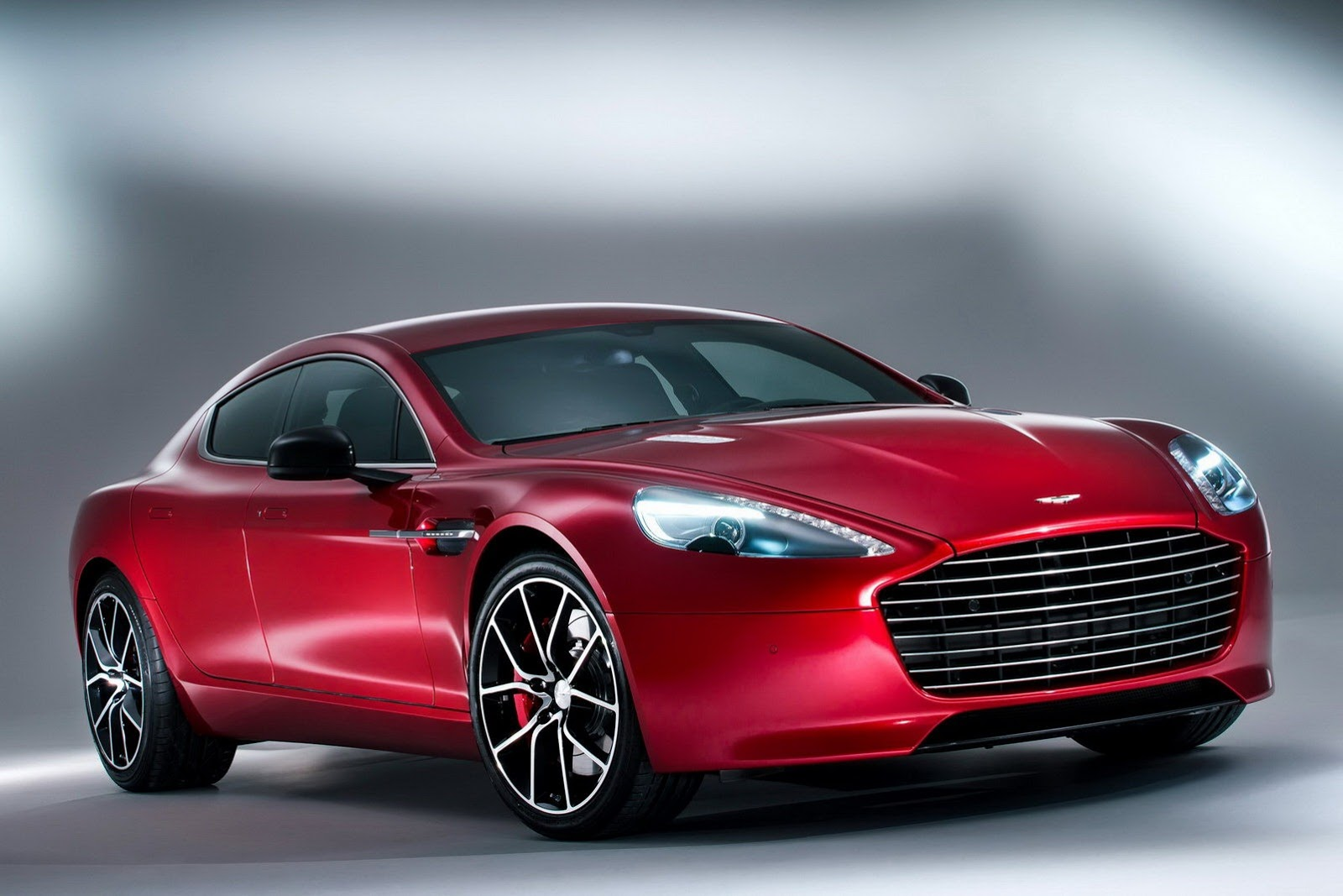 New Aston Martin Rapide S Photos And Details