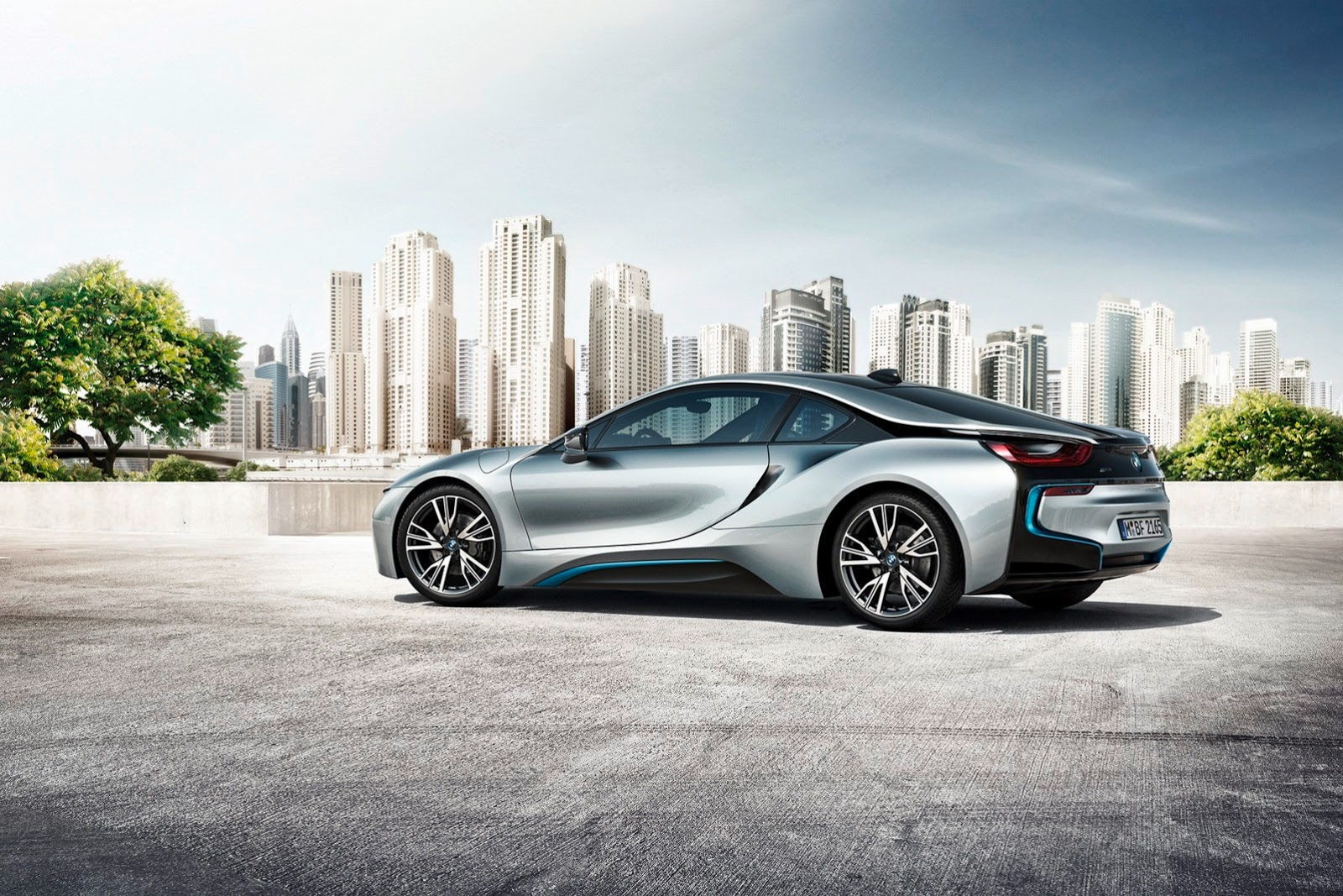 bmw i8 plug in hybrid sports car pictures and details video. Black Bedroom Furniture Sets. Home Design Ideas
