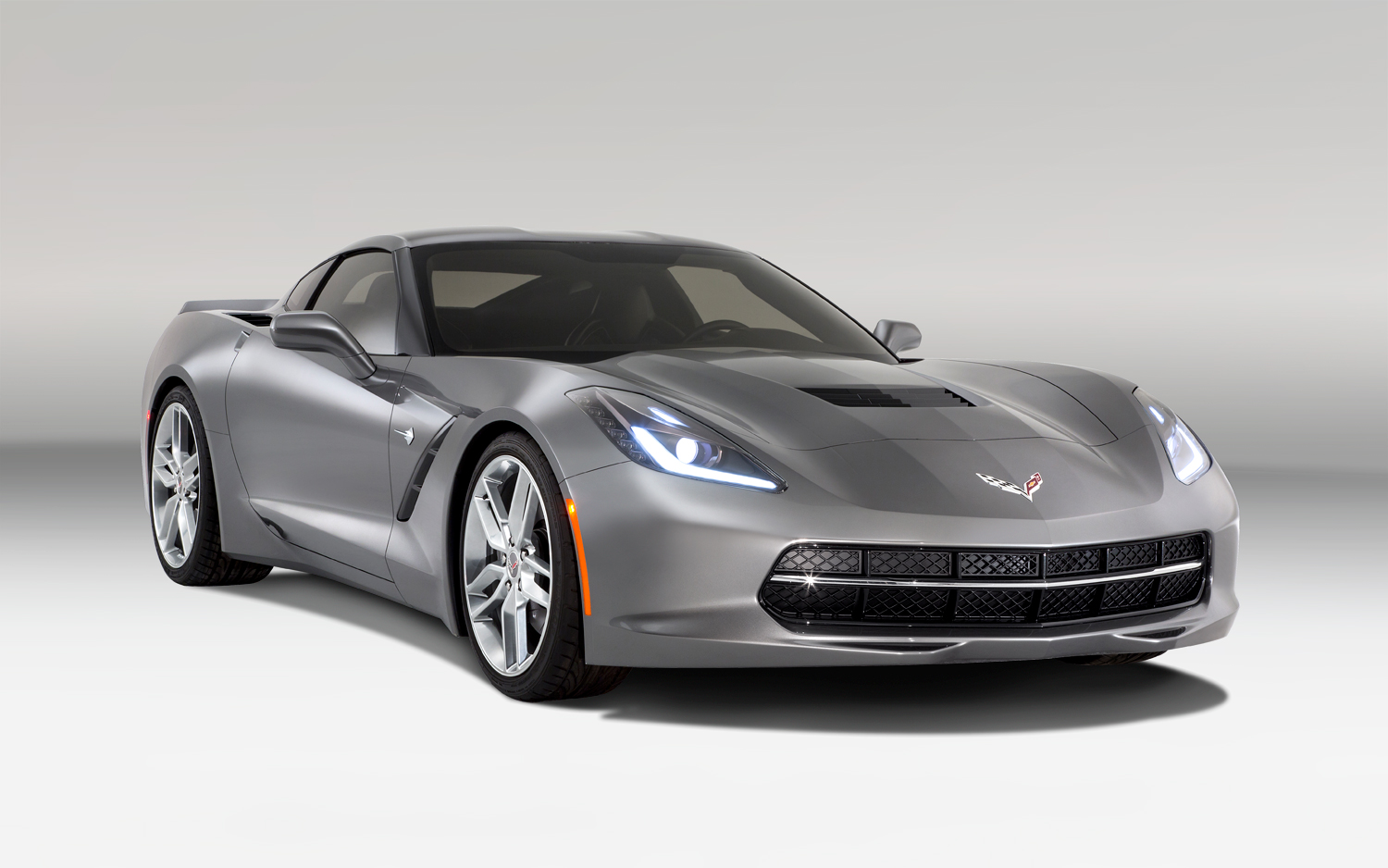 new chevrolet corvette c7 stingray details and pictures. Black Bedroom Furniture Sets. Home Design Ideas