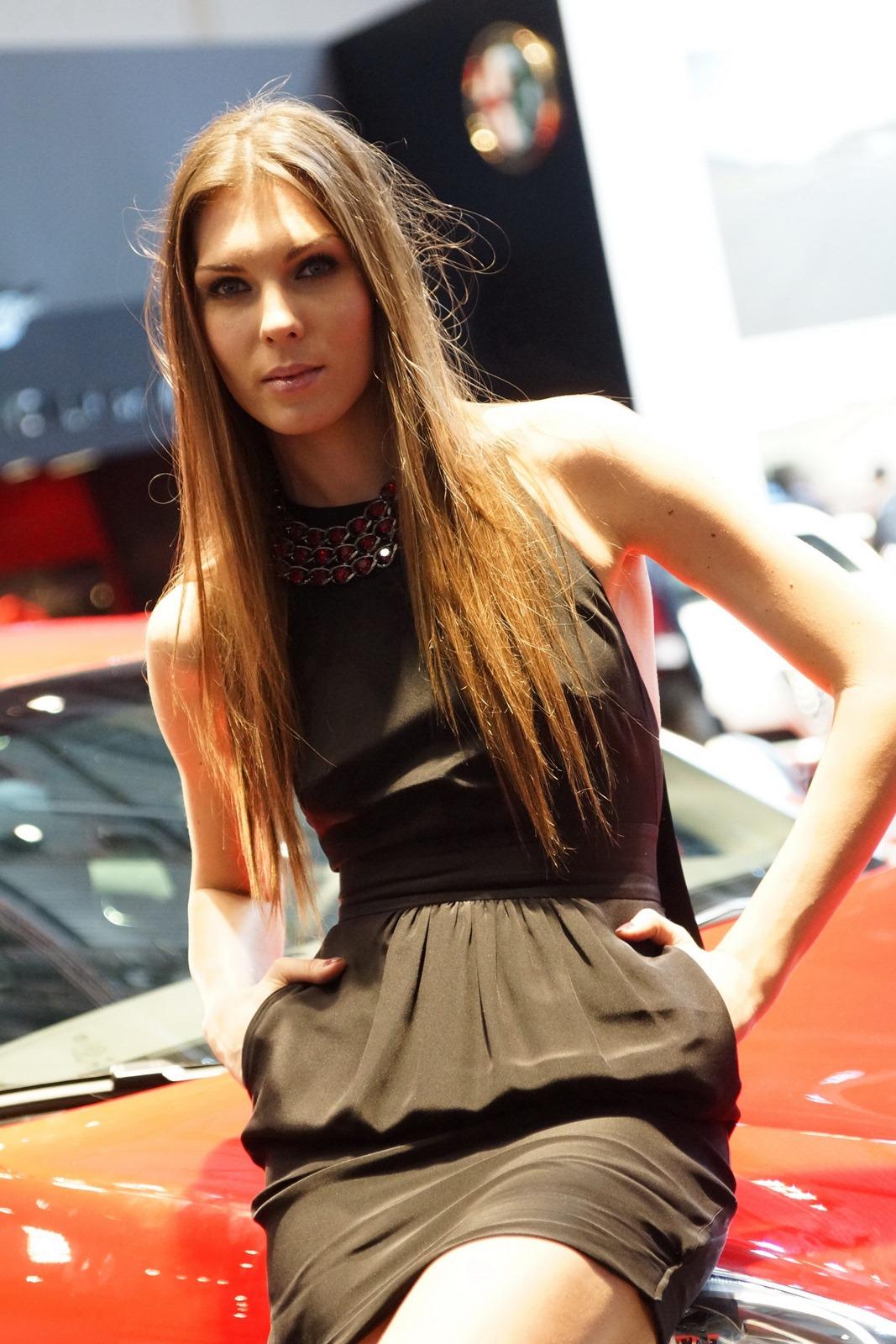 Toyota Of Paris >> 2012 Geneva Motor Show Girls - AutoTribute