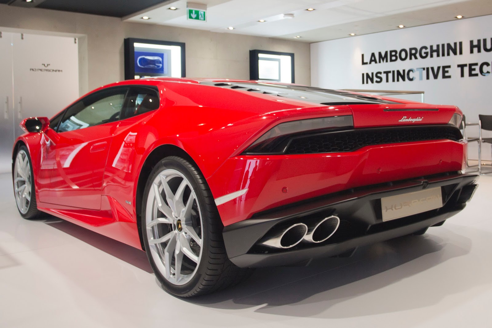 Genesis Sports Car >> Lamborghini Huracan Picture Gallery