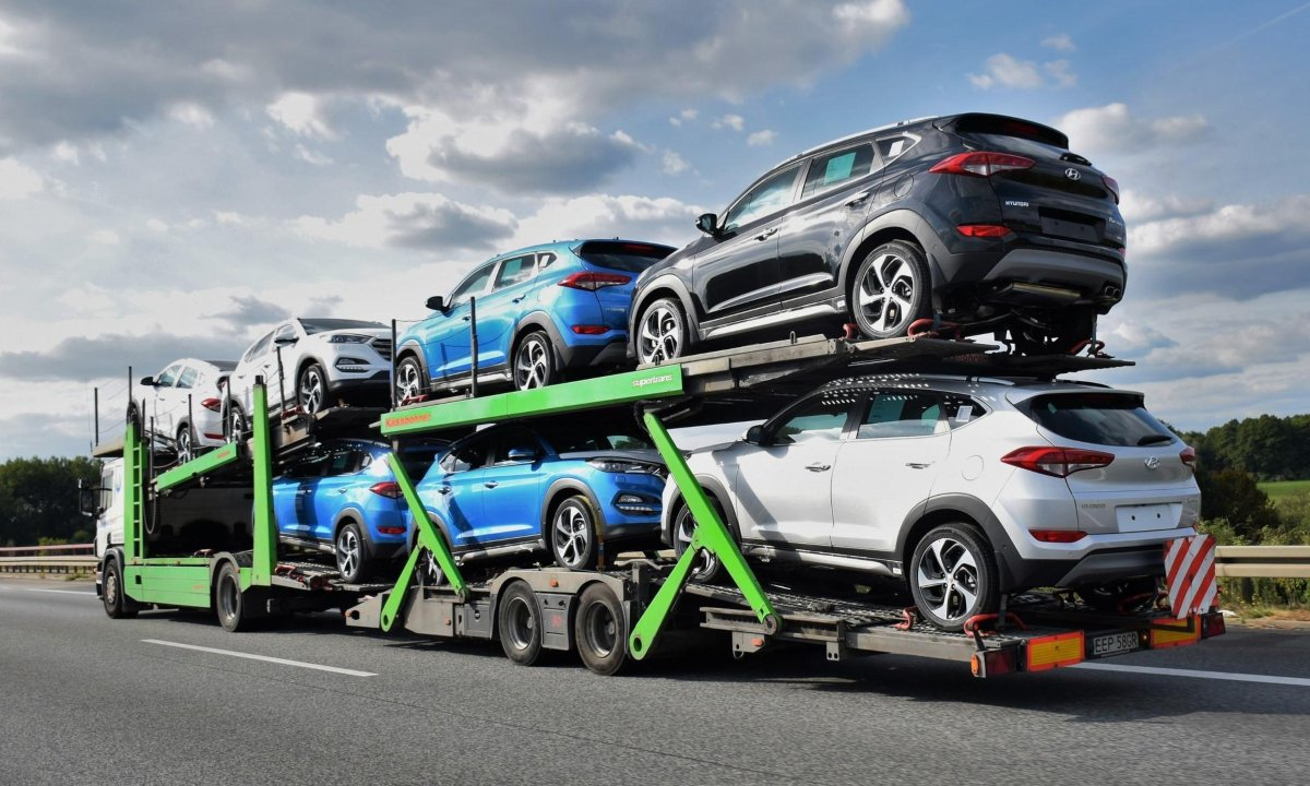 How Much Is It To Ship A Car >> How To Ship A Car Or Motorcycle An Easy Guide Autotribute